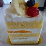 14236267 - 旬のフルーツショートケーキ