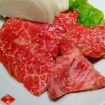 能登牛焼肉 味道苑 - 能登牛上カルビ 1880円