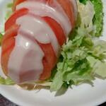 能登牛焼肉 味道苑 - トマトサラダ 480円 野菜も旨いね