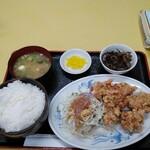 中華飯店 ごくう - 本日のサービス品からあげ定食ご飯大盛り