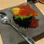 鮨 酒 肴 杉玉 - こぼれ軍艦