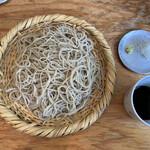 蕎麦 ふくあかり - かなり細めの白臼で挽いた綺麗なお蕎麦。