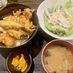 牡蠣屋うらら - 牡蠣天丼800円