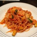 永田台 - 海老とズッキーニのトマトソーススパゲティ