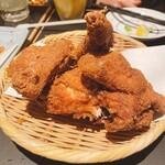 全力鶏 - 丸鶏の半身素揚げ??