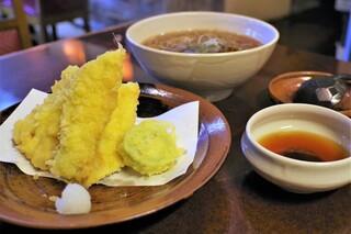 蕎麦ダイニング赤坂 - 穴子天そば