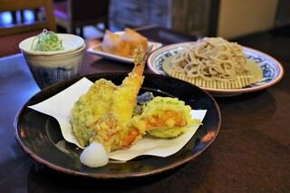 蕎麦ダイニング赤坂 - 車海老天そば