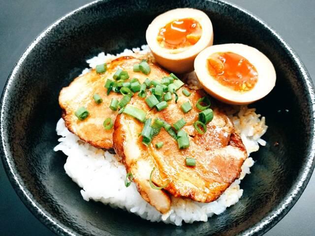 しょうゆのおがわや 北野店の料理の写真