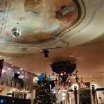 Christon Cafe - 店内の雰囲気 クリスマスムードでした オシャレで良い感じです