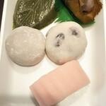 もち処 月寒いわた - 料理写真:餅各種 全て税込100円