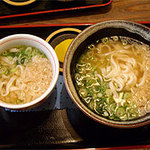 麺や ほり野 - 丼のセットについてるうどんは、同料金でミニか普通サイズを選べます。