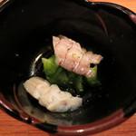 釉月 - お通し (蝦蛄と胡瓜の酢の物)