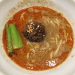 登竜門 - 担々麺 (*´ω`*) 平打ち麺