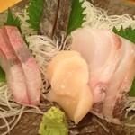 三田商店 - 三田商店・刺し盛り¥500