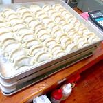 ラーメン居酒屋 鮫鱈鯉 - 餃子は皮から全て手造り、草津で唯一肉汁ジューシーな餃子をお召し上がれます