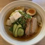142424128 - 平壌冷麺(20,8,2)