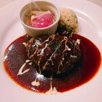街の洋食屋 AKIRA - 料理写真:ハンバーグ150g