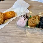 斎藤惣菜店 ころっけや - フライとおこわ