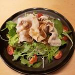二半亭 - 豚しゃぶサラダ 590円