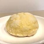 ベーカリー スコップ - 料理写真:メロンパン