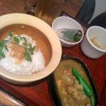 ニャーヴェトナム・フォー麺 - カリ・ガープレート+ゴイクン(ハーフ)