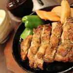 味わい処いろは - しっかり味の「チキンのバジルソテー定食」。「葱塩ソテー定食」も好評!!