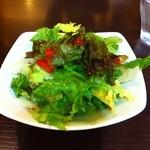 ヨシミ - セットのサラダ