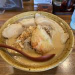 麺場 田所商店 - 九州麦味噌味噌漬け炙りチャーシュー麺。