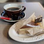 HOKI COFFEE TERRACE - ブレンドコーヒーとチーズ好きのNYチーズケーキ