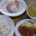 みのや - 料理写真:豚カツ・ハムエッグ定食