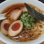 ななまる - 中華そば(鶏100%スープ)
