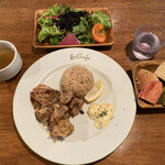 BiOcafe - 信州ハーブ鶏の唐揚げと玄米ご飯(グルテンフリー) ¥1380