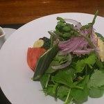 大和屋 横浜店 - 量の有るサラダ