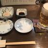 新料理 都留野 - 料理写真:お通し(500円)のほたて刺とサッポロ生(中)(500円)