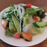 ゼイティン - ザクロドレッシングのサラダ