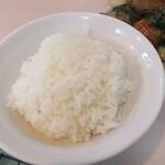 大衆中華 宝来 - どこがご飯小なんだべ?2.5膳ほどあるべ
