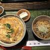 カネシメ柿崎 - 料理写真:かつ丼(770円)にミニたぬき(220円)の冷