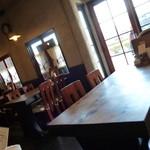 うしかばぶう - テーブル席