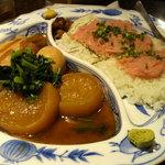 うまいもの市場 TAPA - 「豚の角煮とネギトロ丼 @1000円」