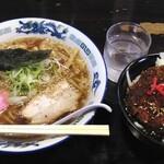 大盛り食堂 わいわい亭 - 料理写真:わいわい中華+鶏のミニソースカツ丼
