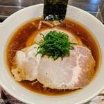 らあめん花月嵐 - 料理写真:醤油らぁ麺 1100円