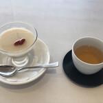 Shisenhanten - 杏仁豆腐とジャスミンティー