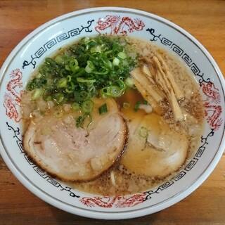らーめん八兵衛 - 料理写真:らーめん ¥660