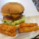ビッグスマイル - ハンバーガー+チーズ ポテト付き
