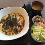 キッチンカフェ オリーブの木 - 料理写真:チーズカレー800円