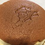 りくろーおじさんの店 - ・焼きたてチーズケーキ