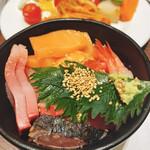 オールデイダイニング グランドエール - ビュッフェ海鮮丼