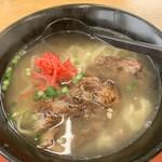 熊さん麺ショップ - 私は「沖縄ソーキそば」をオーダー!