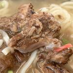 熊さん麺ショップ - このお肉がホロホロと崩れます♫
