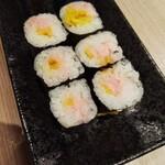 寿司処 都々井 - トロタク巻き。これはミスチョイス。連れが頼んだ鉄火巻きのが美味しかった。